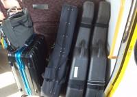 02-3guitar_suitcase